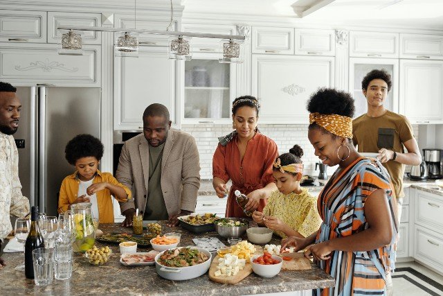 cook with your family