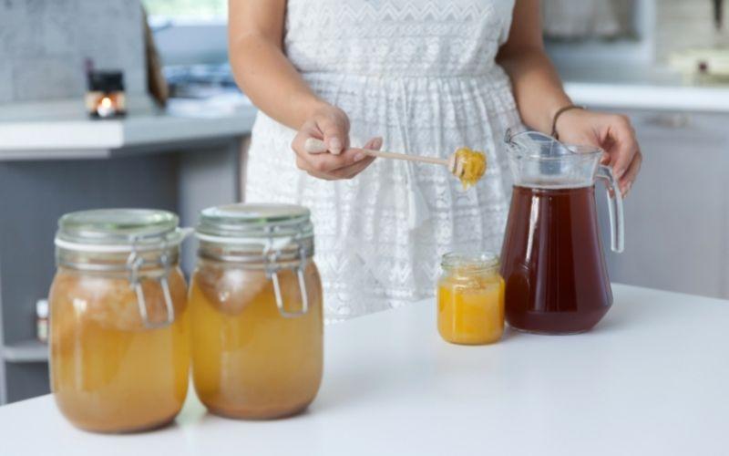 Kombucha with added honey